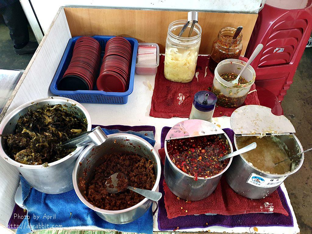20190414110100 96 - 台中市場美食│景興古早味-滷肉飯15元、綜合湯只要35元!