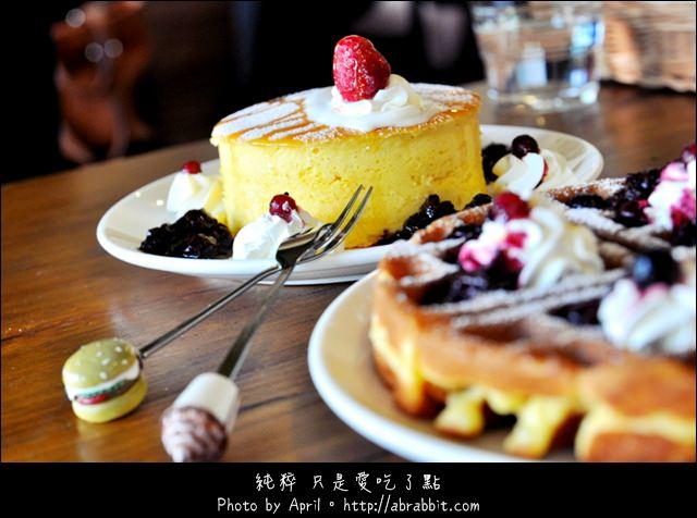 台中太平美食|台中鬆餅|巫師咖啡 Winner coffee–厚鬆餅提前預約才吃得到唷!@太平