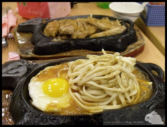 [台南]大亨牛排–便宜大碗的厚重牛排