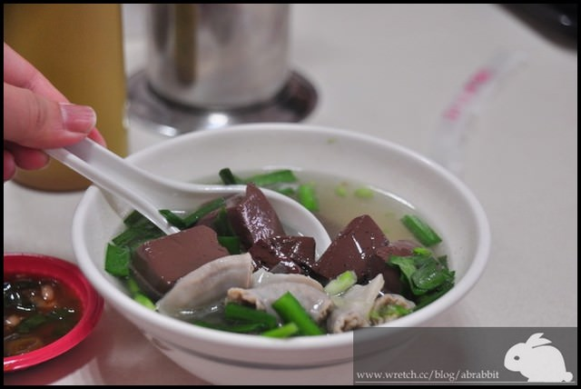 [台中豐原]康康豬豬血湯–好吃到掉渣的豬血